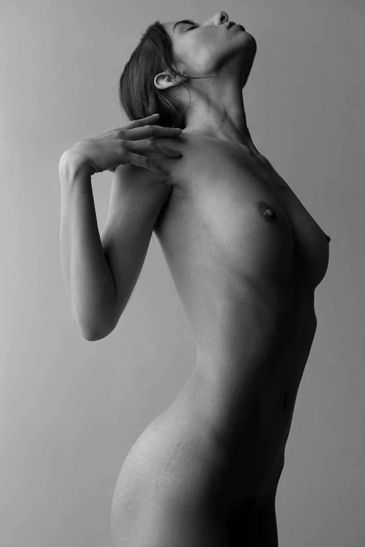 Rebecca Bagnol Nude (334)
