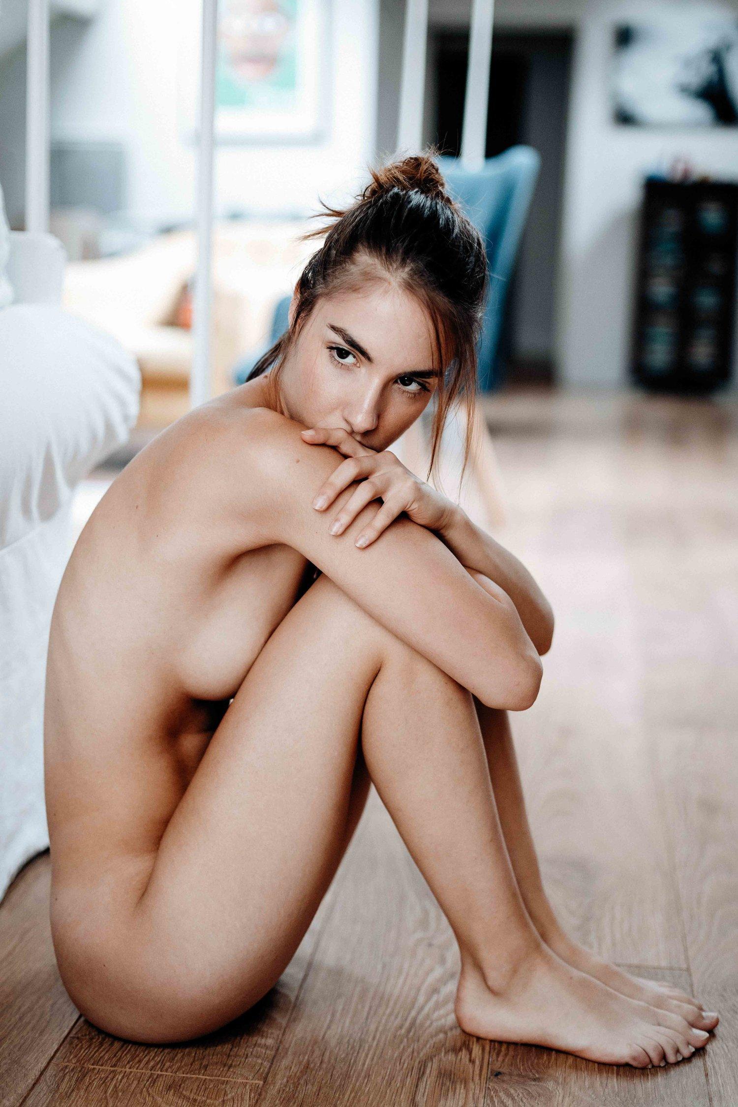 Rebecca Bagnol Nude (59)