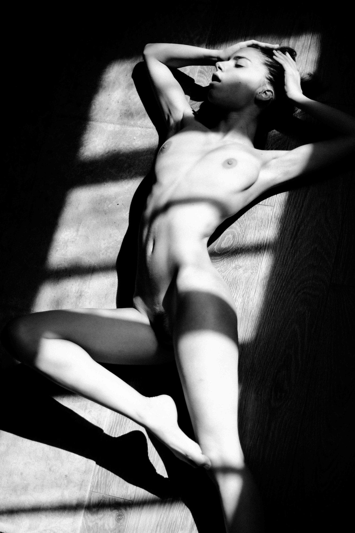 Rebecca Bagnol Nude (63)