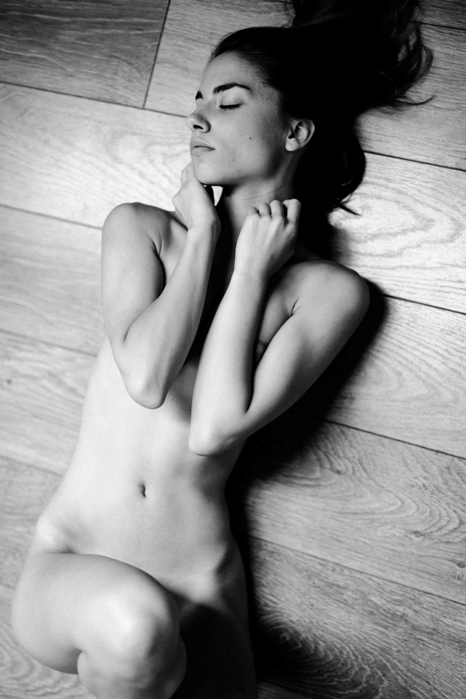 Rebecca Bagnol Nude (67)