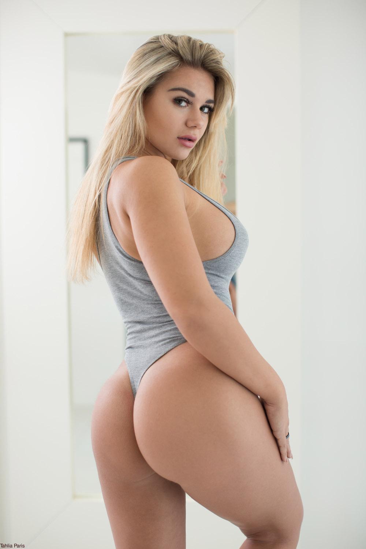 Thalia Paris Nude Bedroom Onlyfans Set Leaked Neevtr