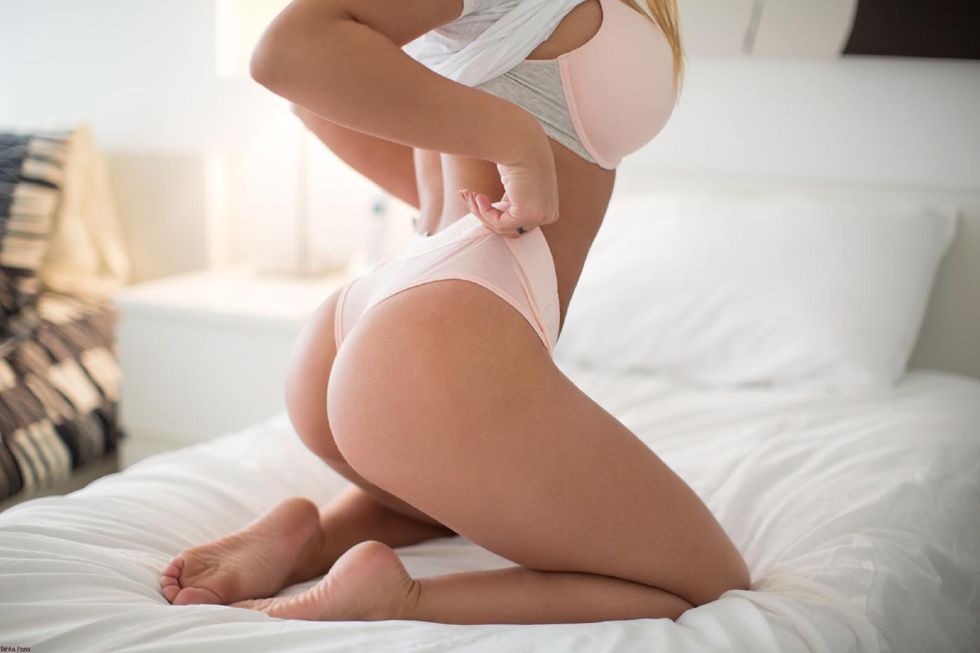 Thalia Paris Nude Bedroom Onlyfans Set Leaked Nzceev