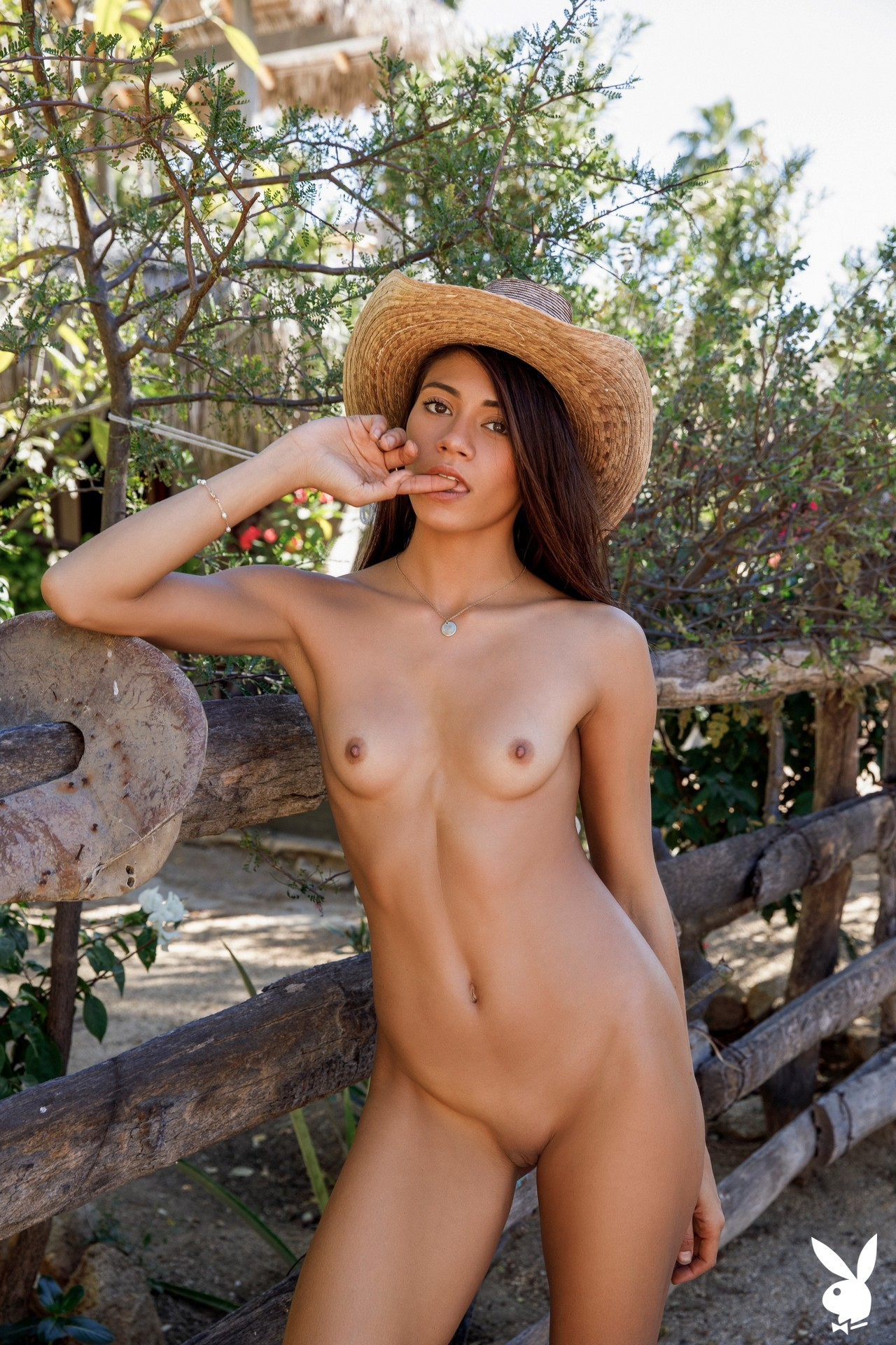 Hannah Le In Relaxing Ranch Playboy Plus (15)