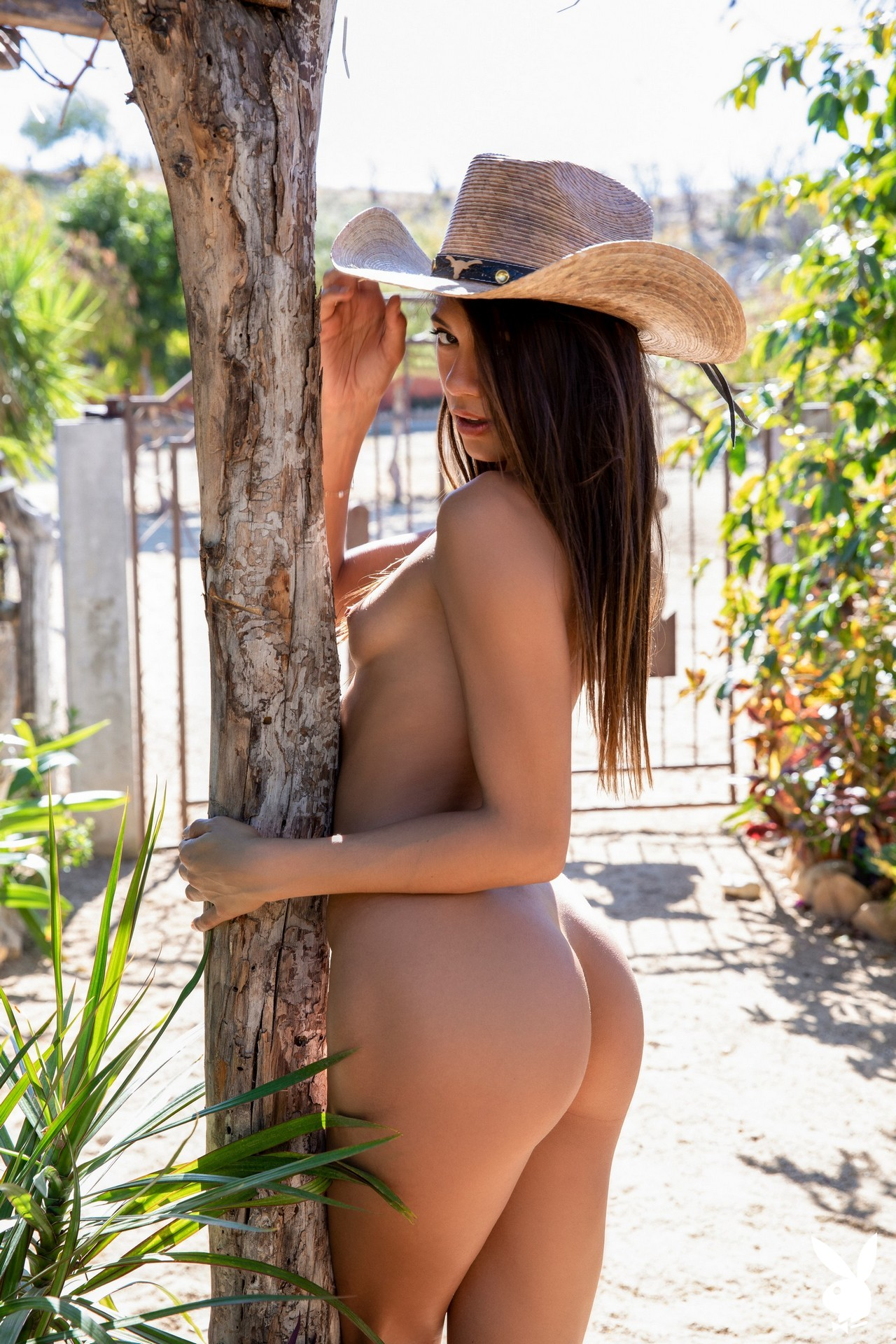 Hannah Le In Relaxing Ranch Playboy Plus (21)