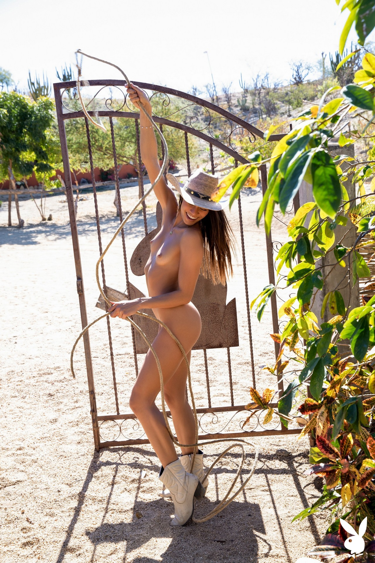 Hannah Le In Relaxing Ranch Playboy Plus (26)