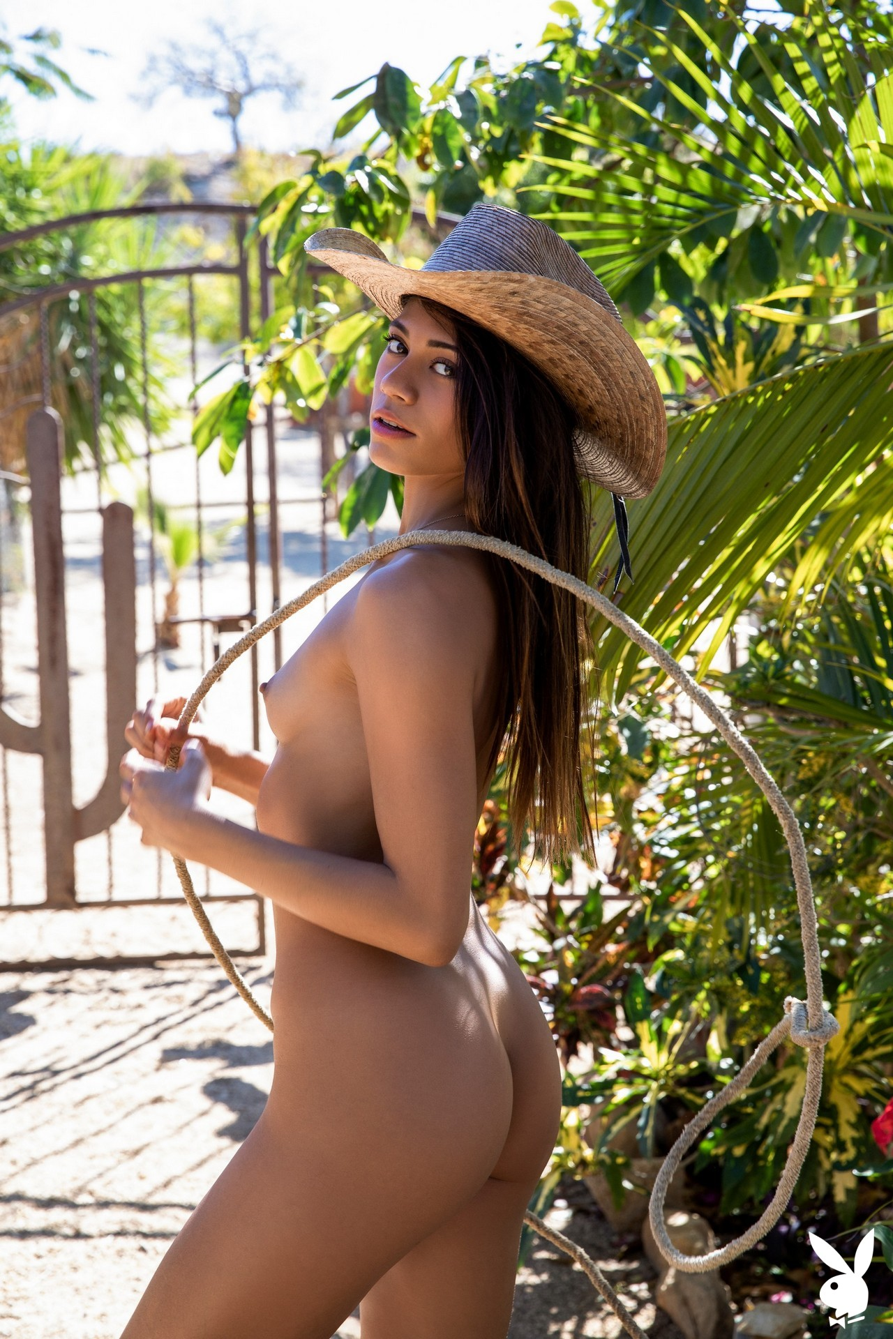 Hannah Le In Relaxing Ranch Playboy Plus (27)