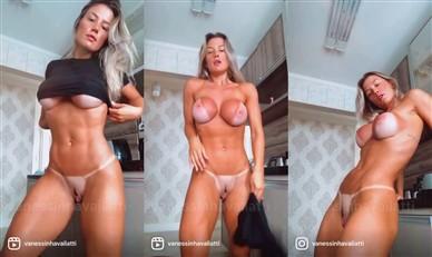 Vanessa Vailatti Nude Cleaning Kitchen Porn Video Leaked