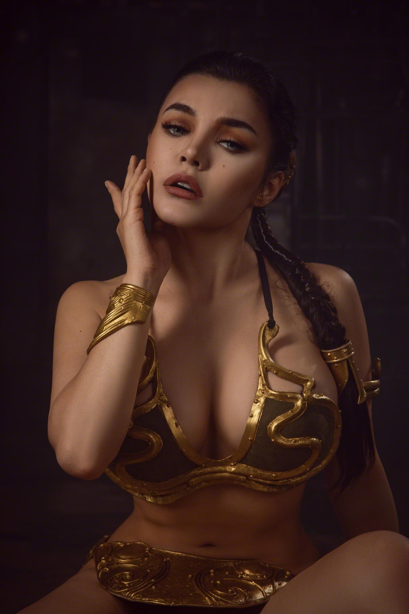 Kalinka Fox Princess Leia Slave Cosplay Set Leaked Trzrhe