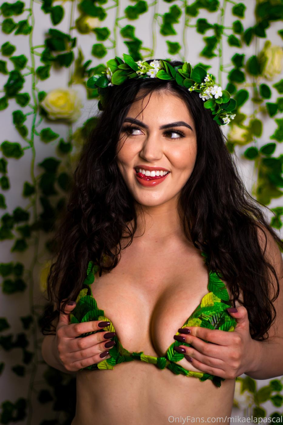 Mikaela Pascal May Extras Onlyfans Set Leaked Seqsio