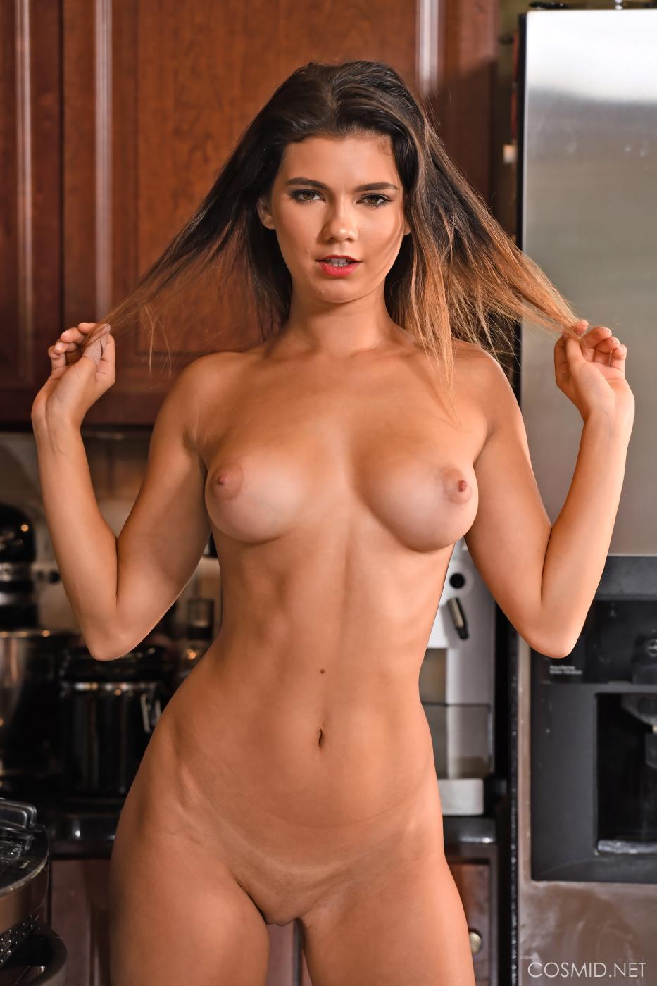 Dare Taylor Nude Kitchen Strip Set Leaked 0006