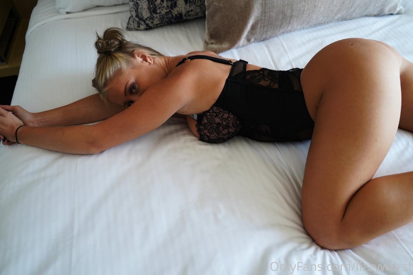 Lizzy Wurst Lingerie Onlyfans Set Leaked 0004