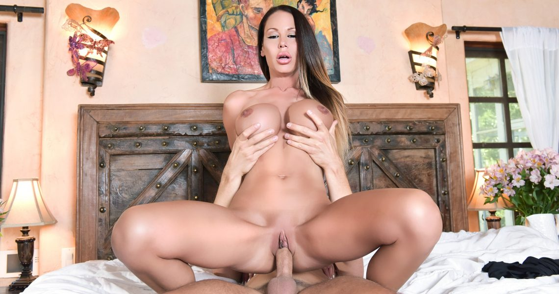 Penthouse Gold With Mckenzie Lee In Mckenzie Lee Silences A Loud Neighbour