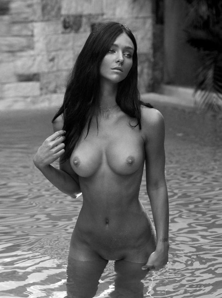 Rachel Cook Nude Pool Modeling Set Leaked0003
