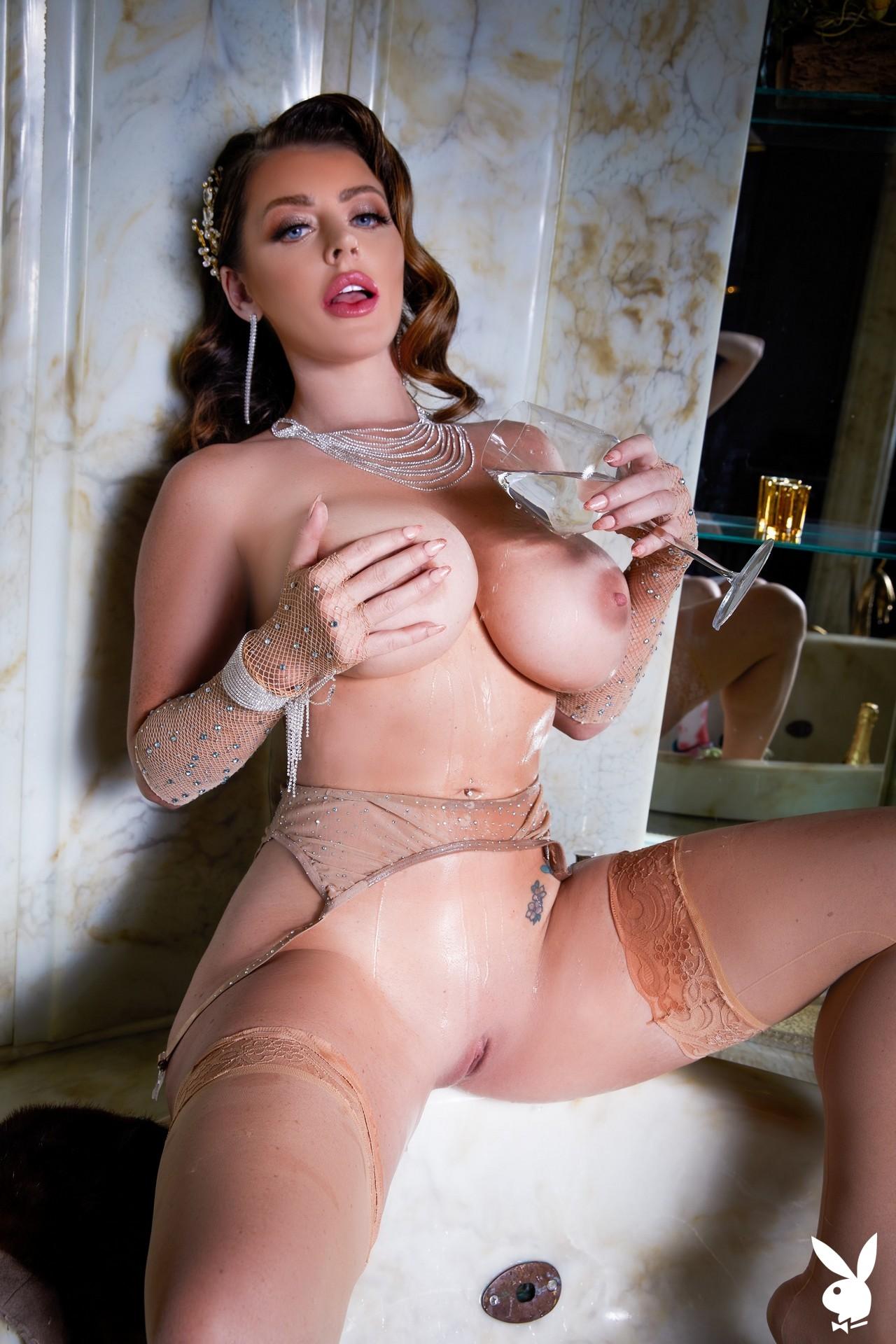 Sophie Dee In Shooting Stars Playboy Plus (22)