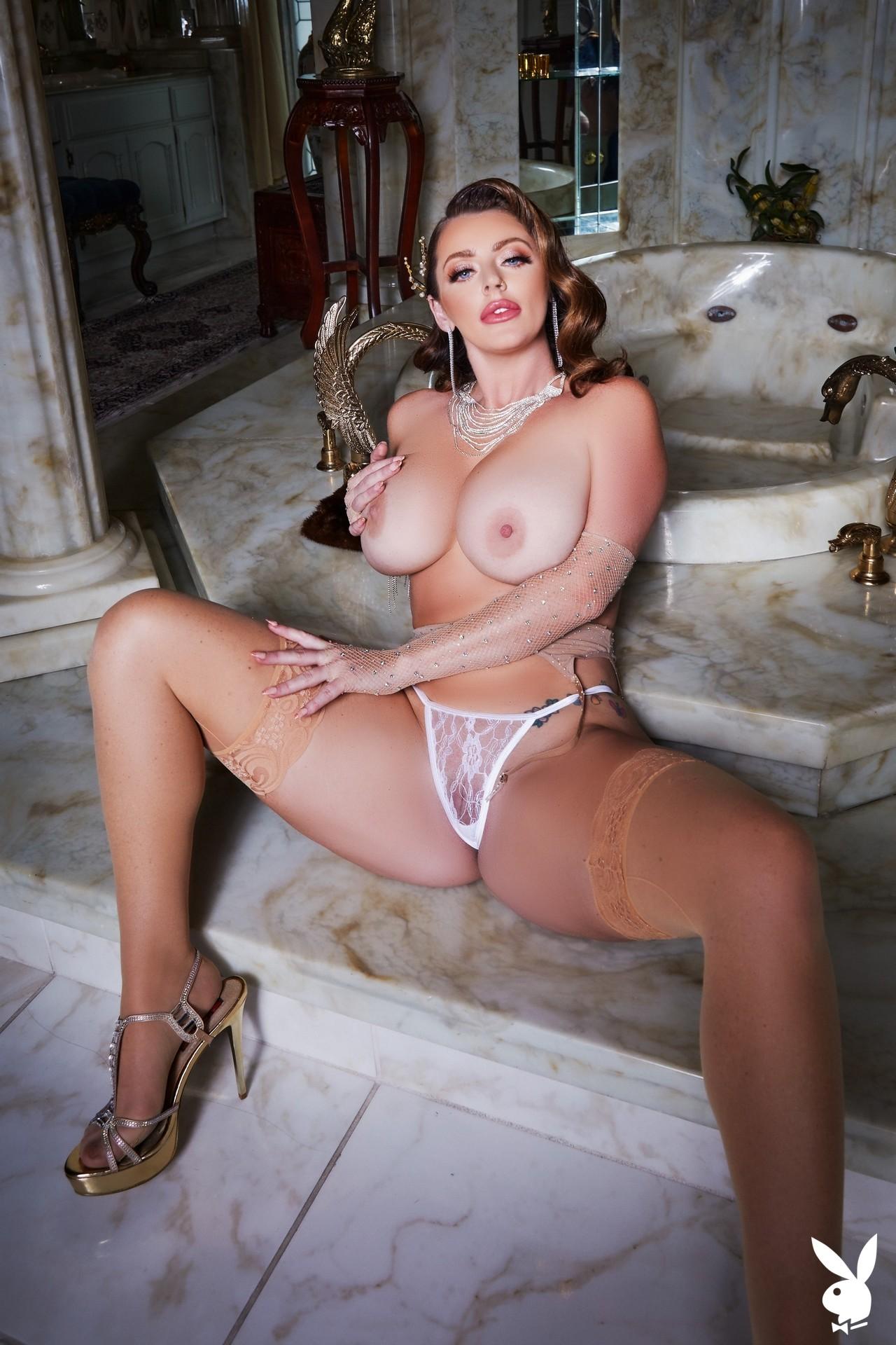 Sophie Dee In Shooting Stars Playboy Plus (9)