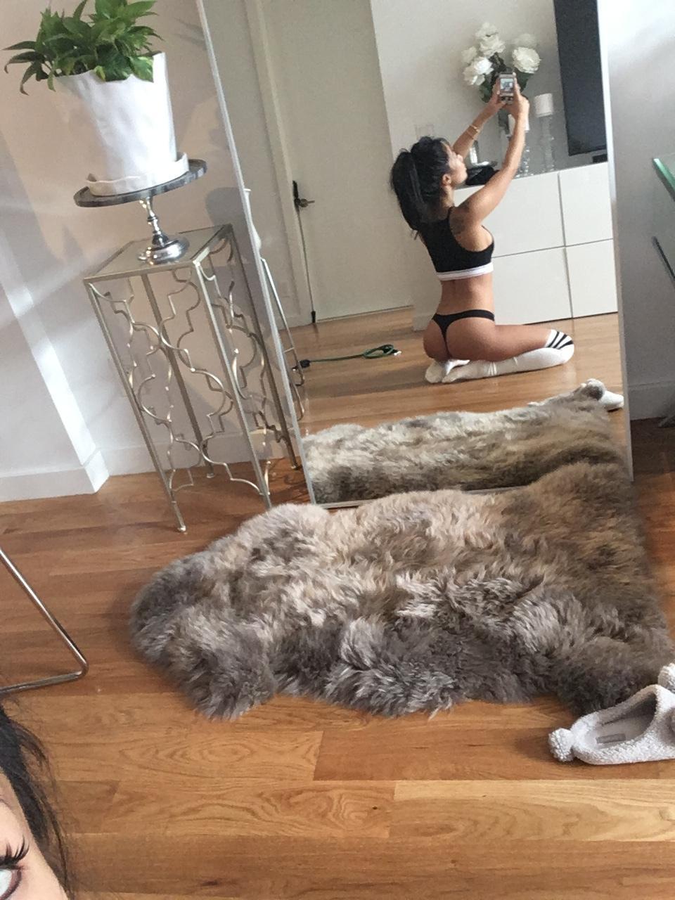 Asa Akira Nude Mirror Selfie Onlyfans Set Leaked Frtino