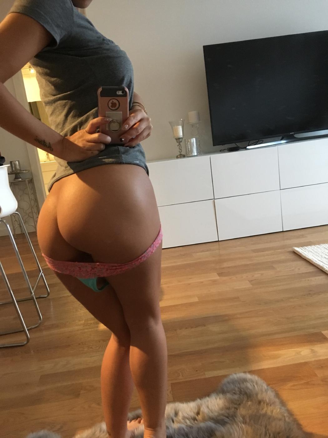 Asa Akira Nude Strip Selfies Onlyfans Set Leaked Ycceef