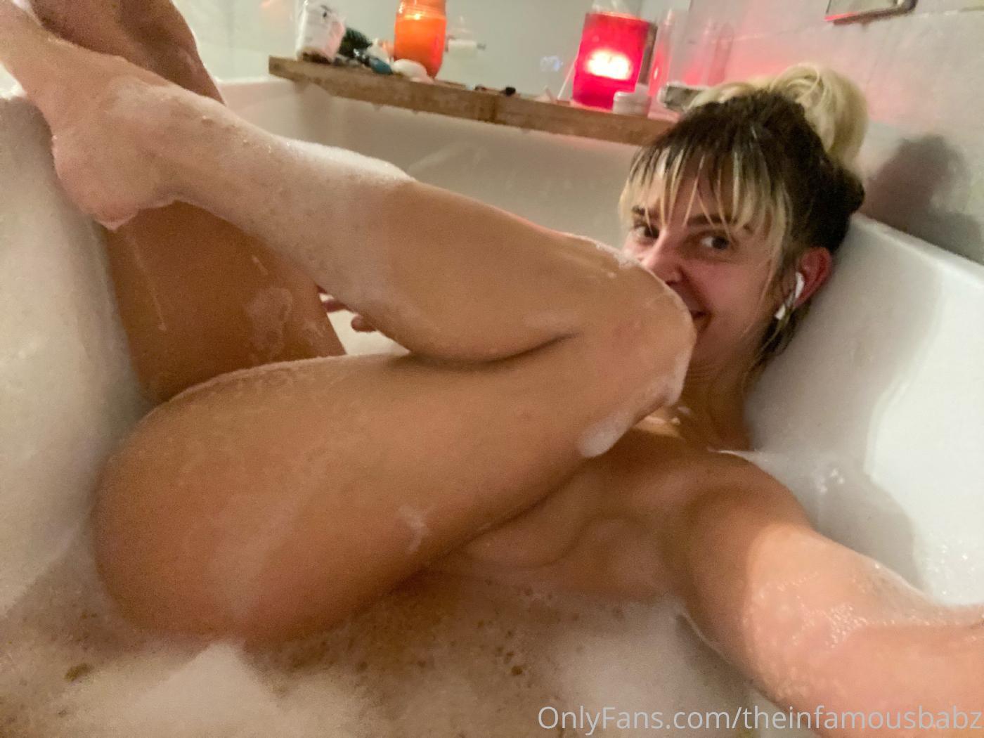 Gabbie Hanna Nude Leaked (3 Videos + 108 Photos)