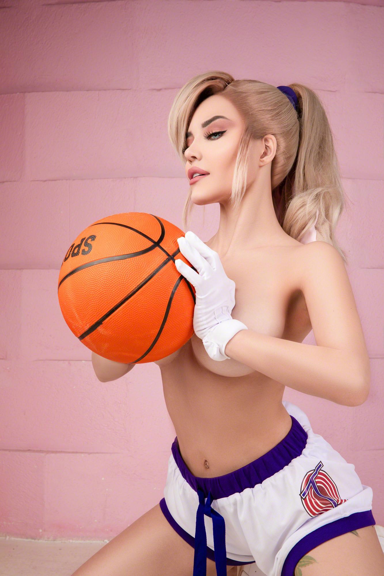 Kalinka Fox Nude Lola Bunny Space Jam Cosplay Leaked Uevnap