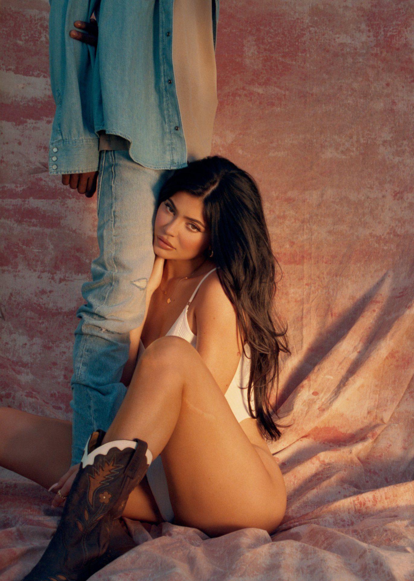 Kylie Jenner Playboy Photoshoot Leaked Eepcqy