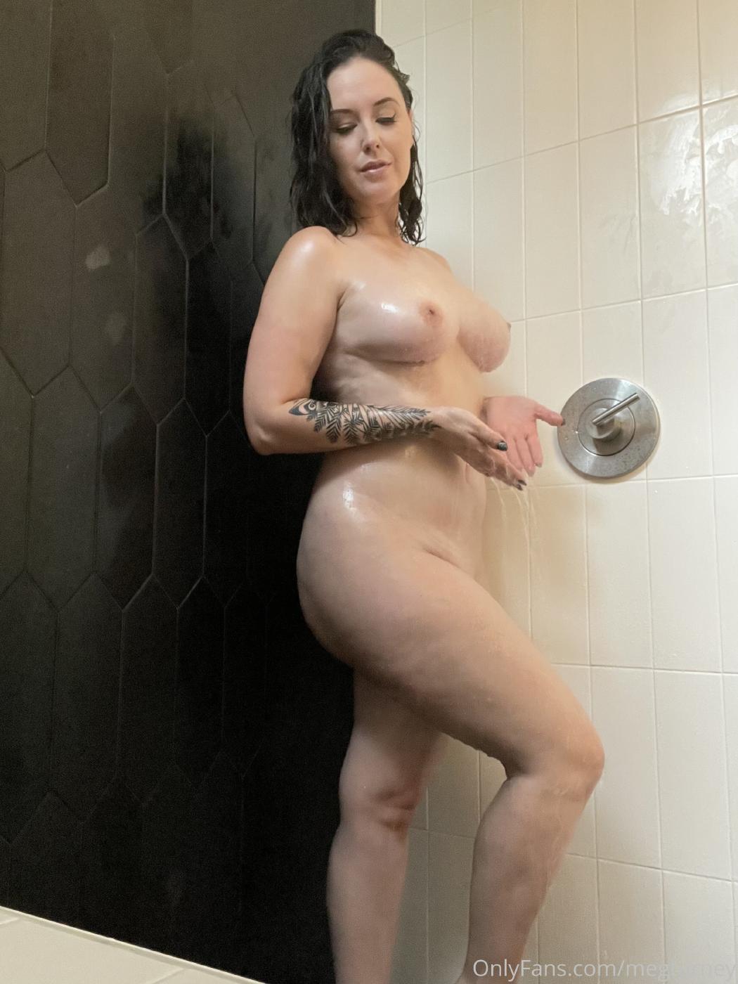 Meg Turney Nude Shower Candids Onlyfans Set Leaked Mdvvbt