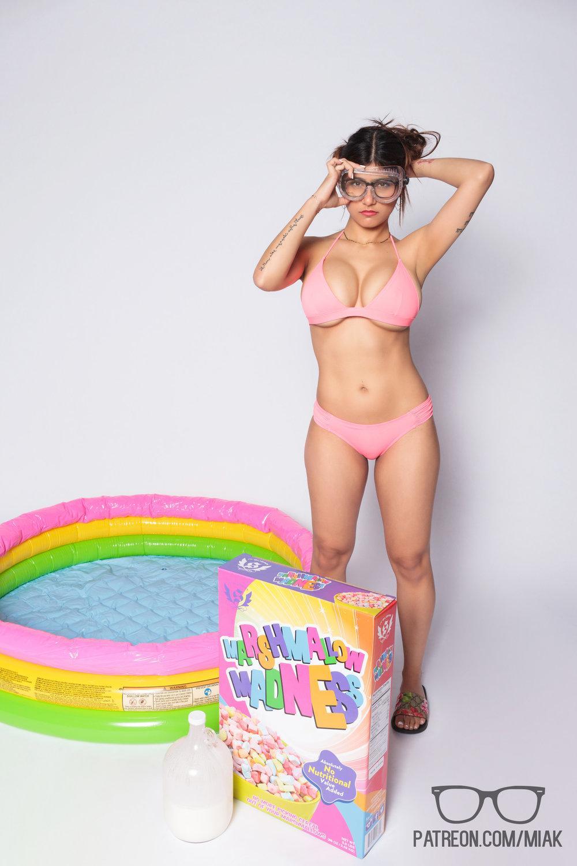 Mia Khalifa Bikini Cereal Pool Patreon Set Leaked Vxirmm