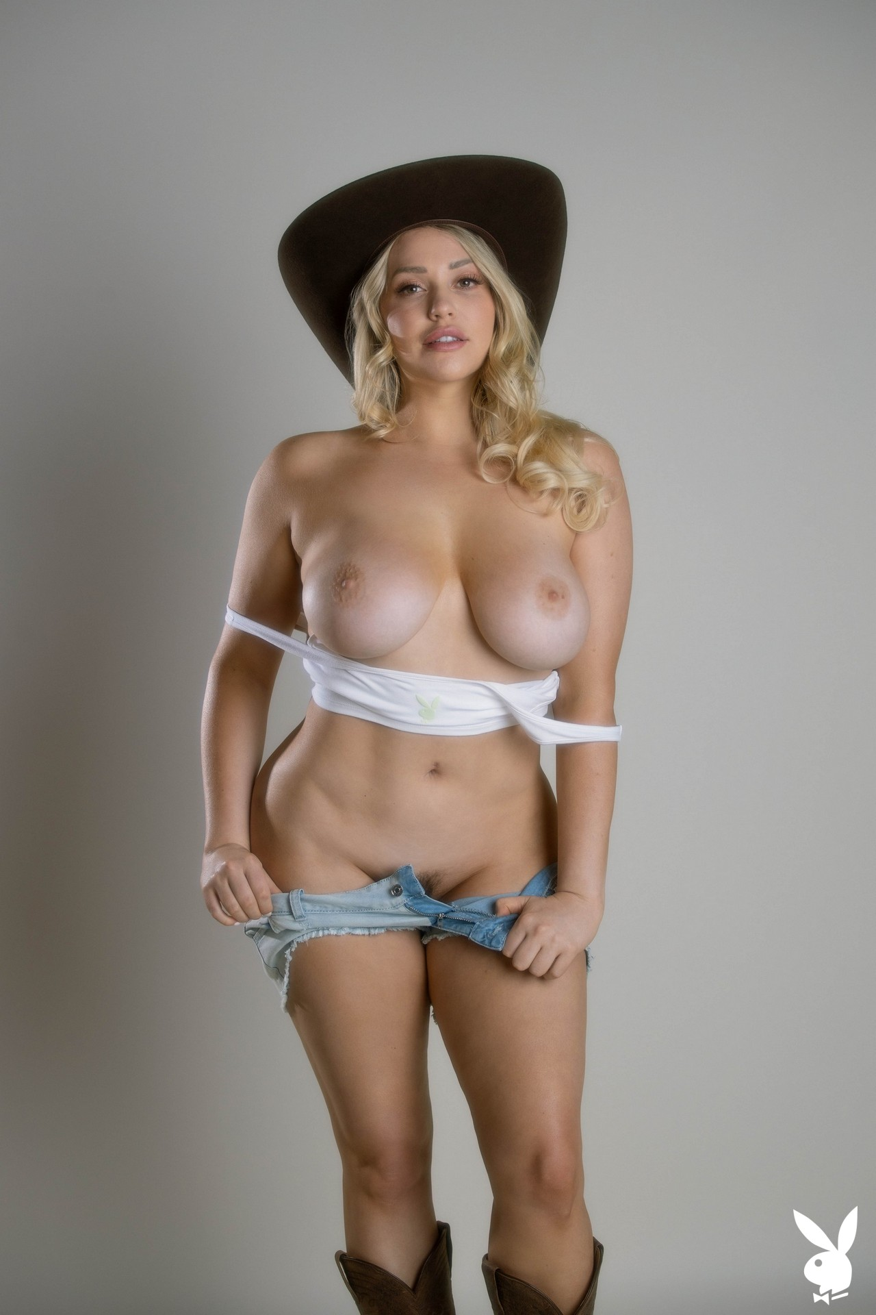 Mia Malkova In Get Your Kicks Playboy Plus (7)