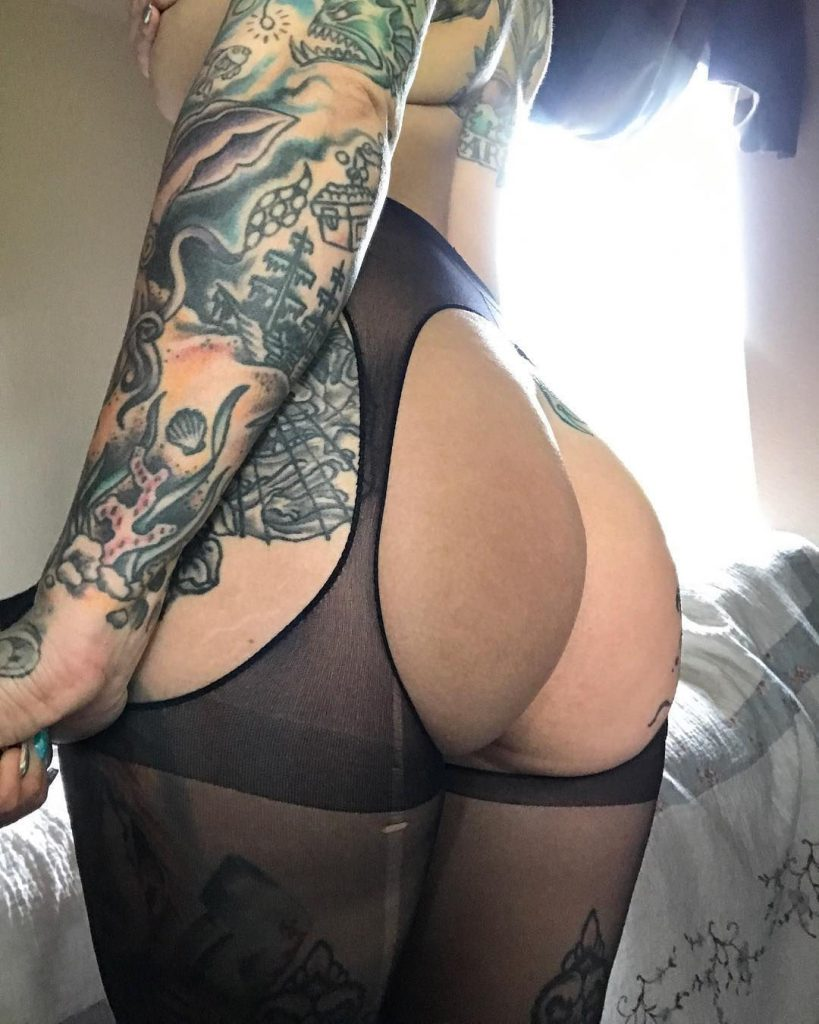 Heidi Lavon Nude & Sexy 0063