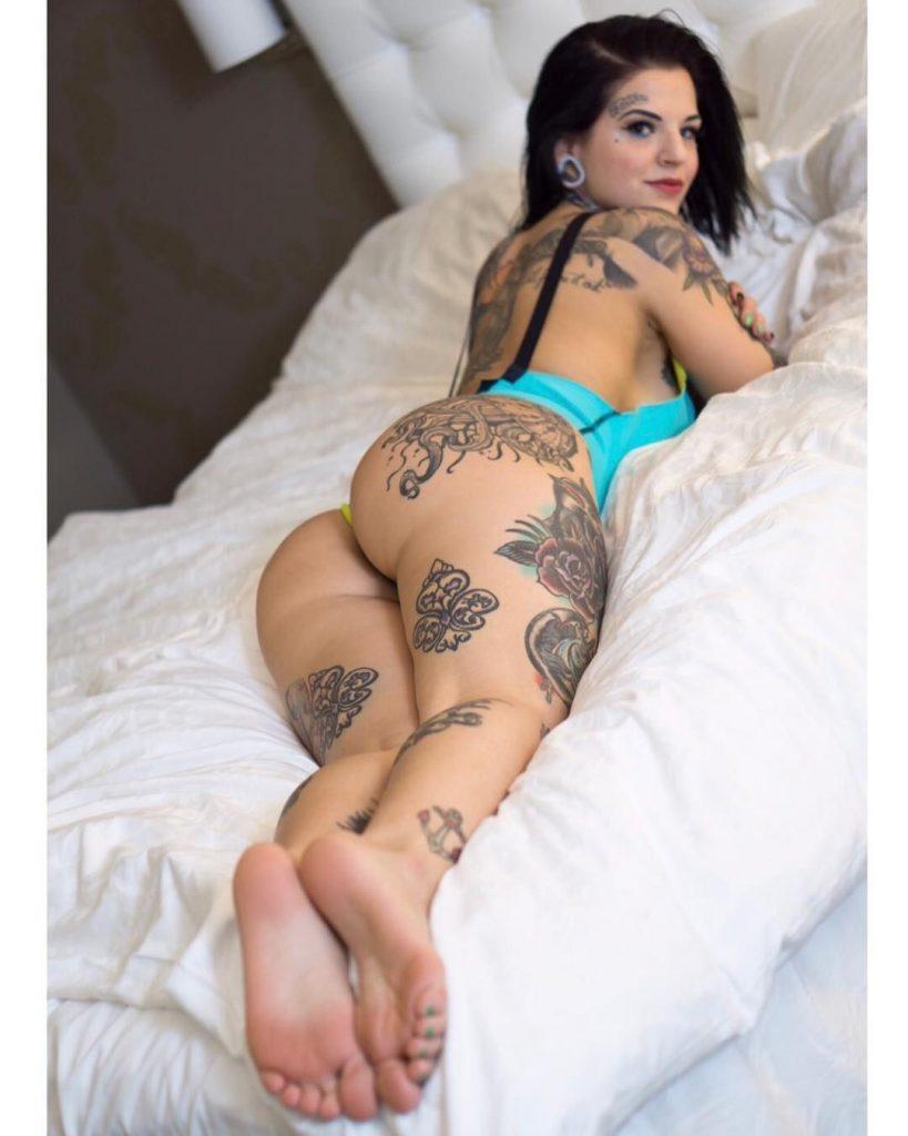 Heidi Lavon Nude & Sexy 0065