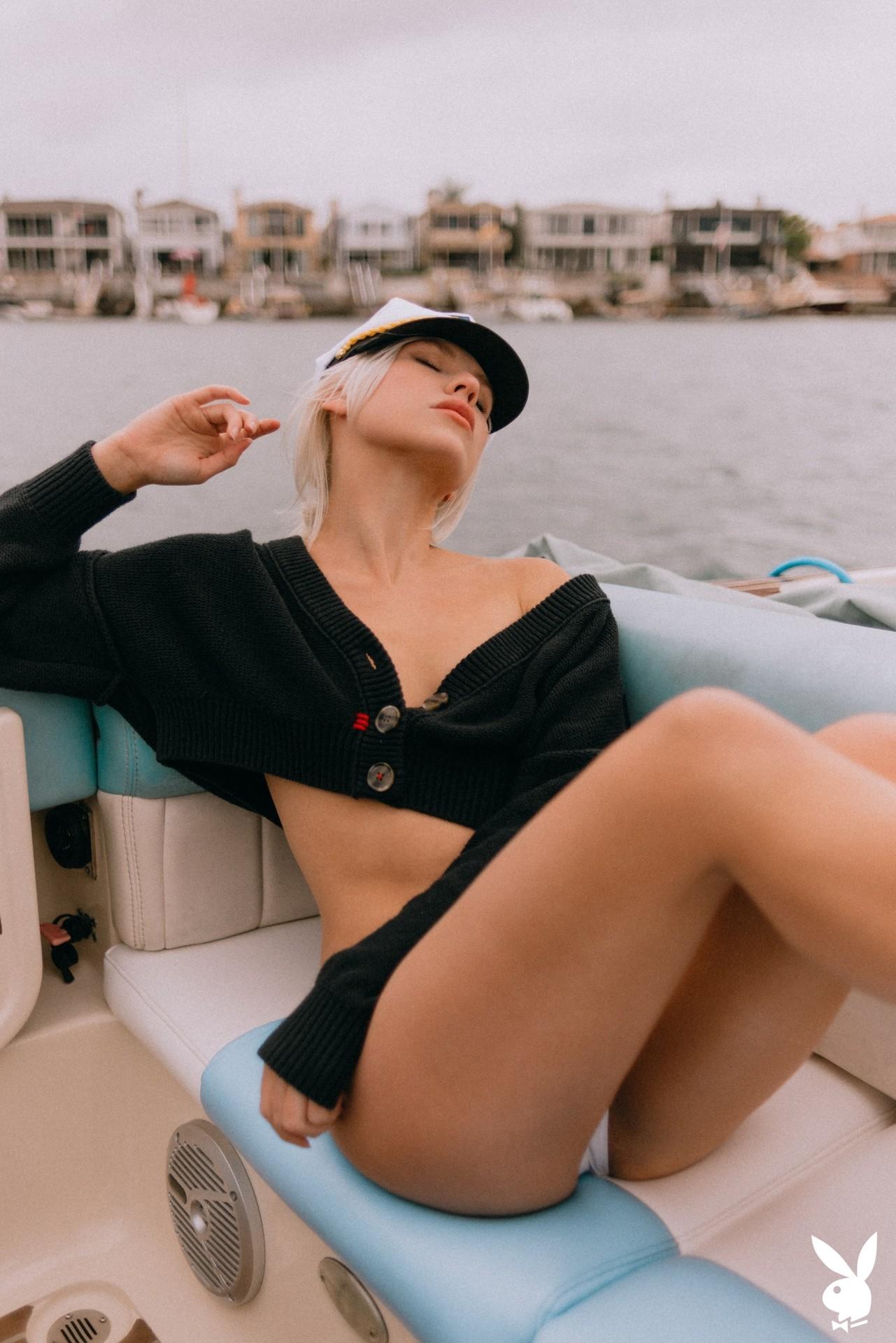 Lennon Elizabeth In Out At Sea Playboy Plus (4)