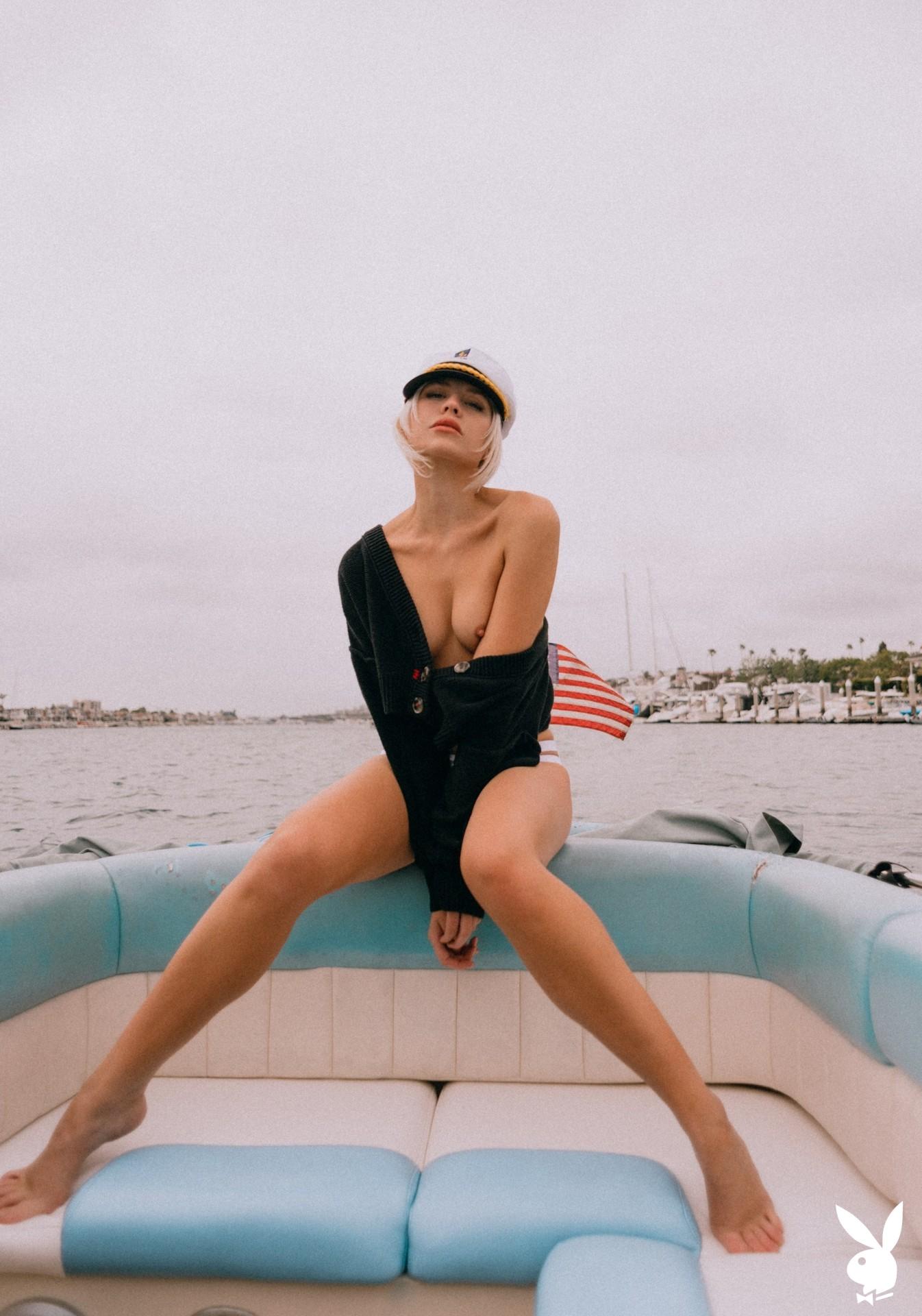 Lennon Elizabeth In Out At Sea Playboy Plus (6)