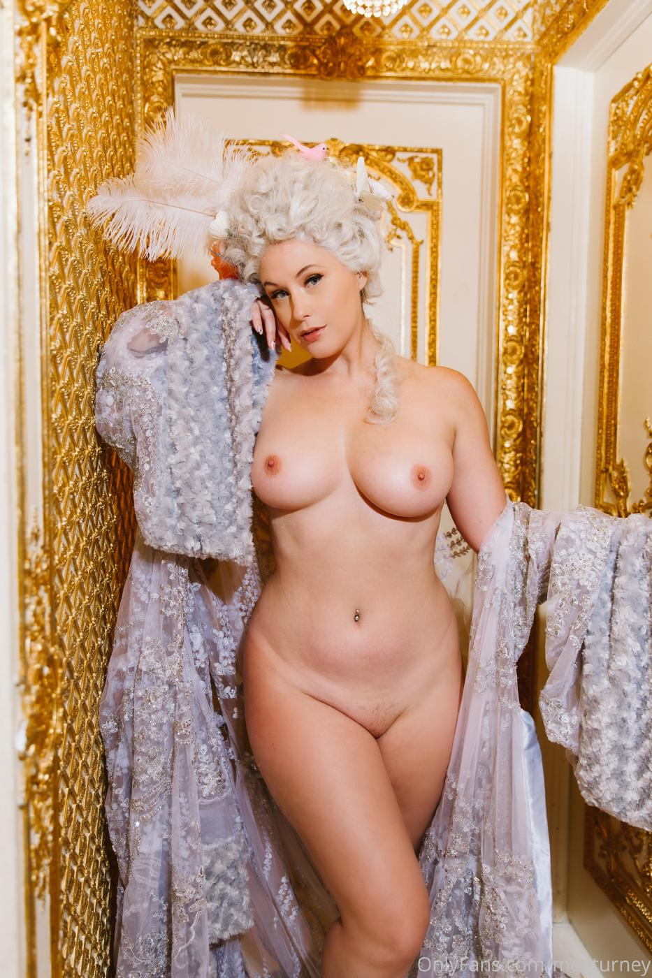 Meg Turney Nude Pussy Marie Antoinette Cosplay Onlyfans Set Leaked Ehhzyj