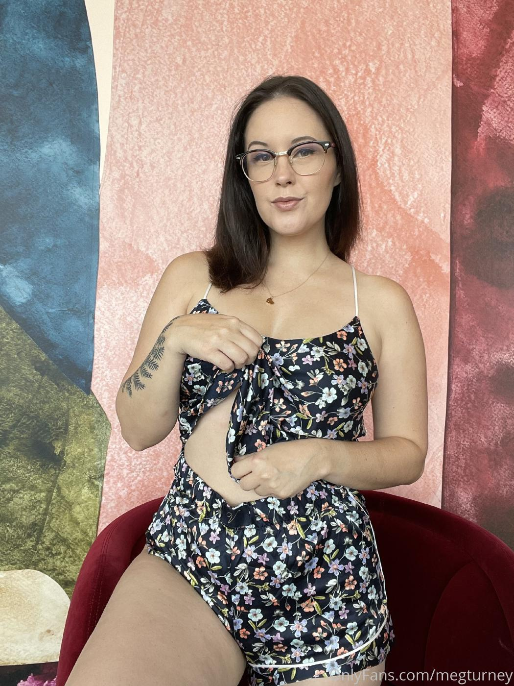 Meg Turney Unshaven Pussy Candids Onlyfans Set Leaked Zopnqw