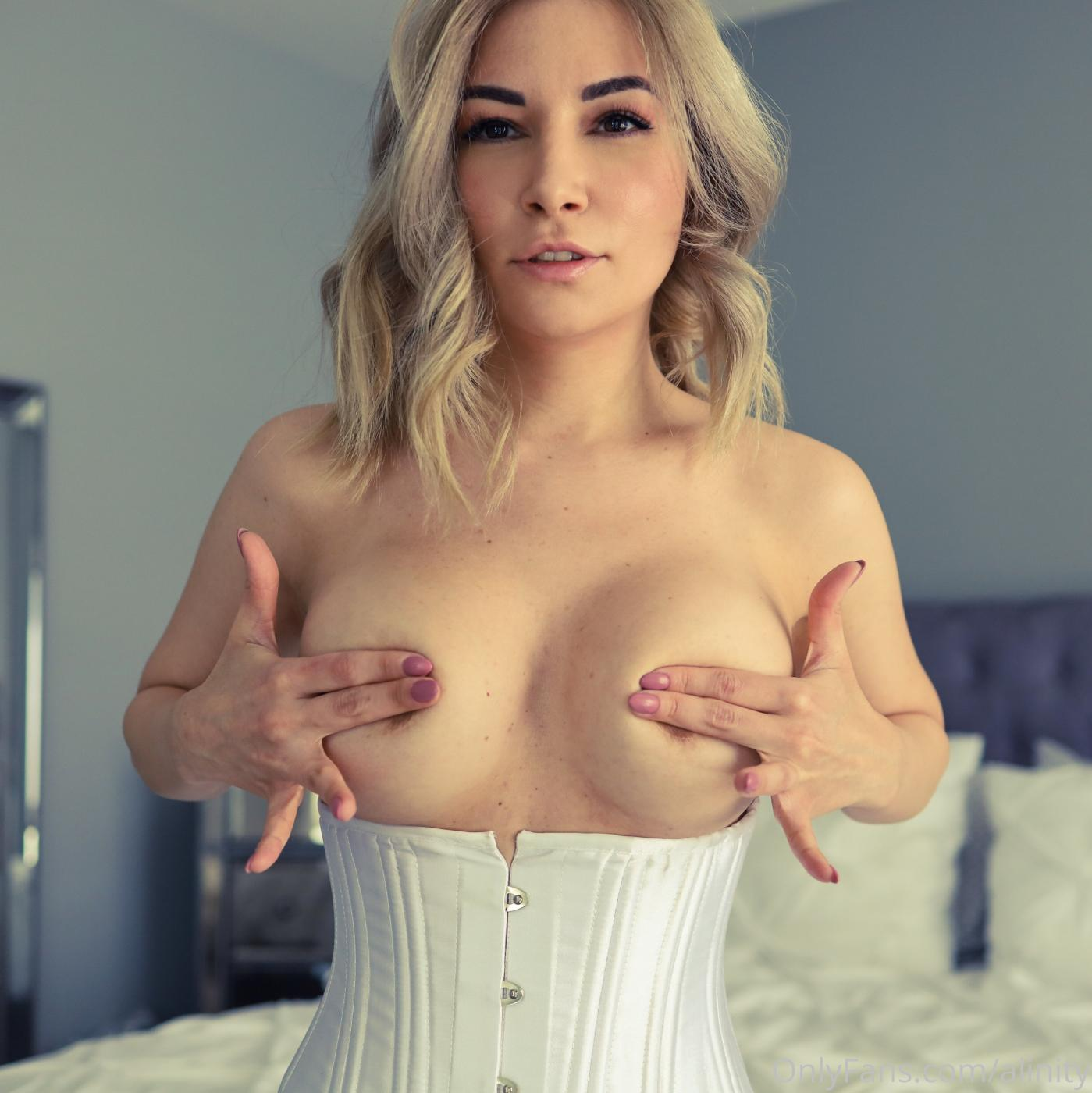 Alinity Nude Corset Onlyfans Set Leaked 0001