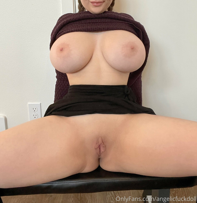 Angelicfuckdoll Onlyfans 0017