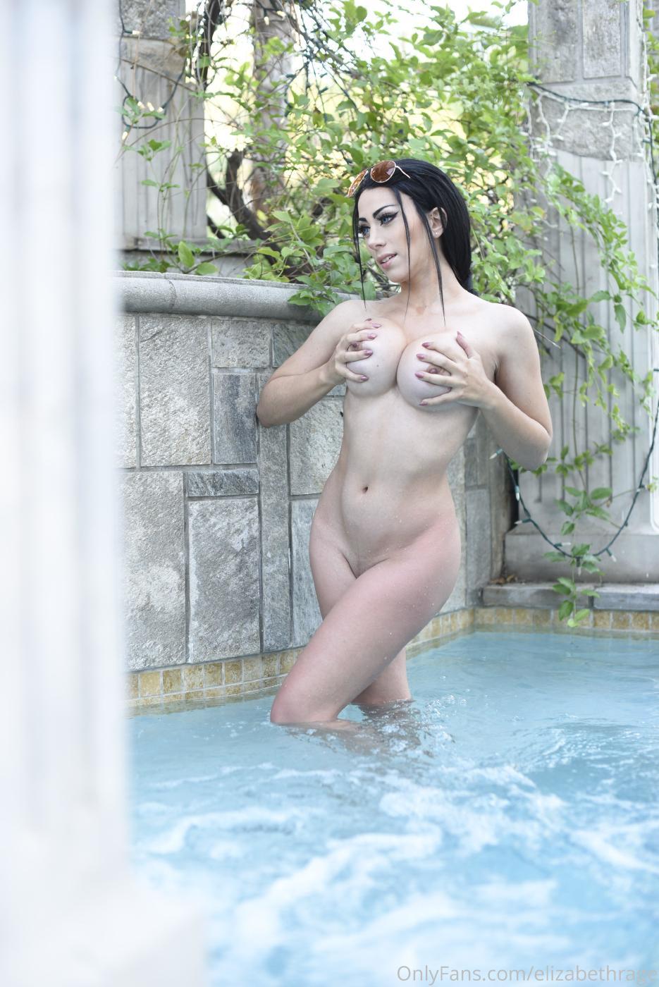 Elizabeth Rage Nude Outdoor Pool Onlyfans Set Leaked 0034