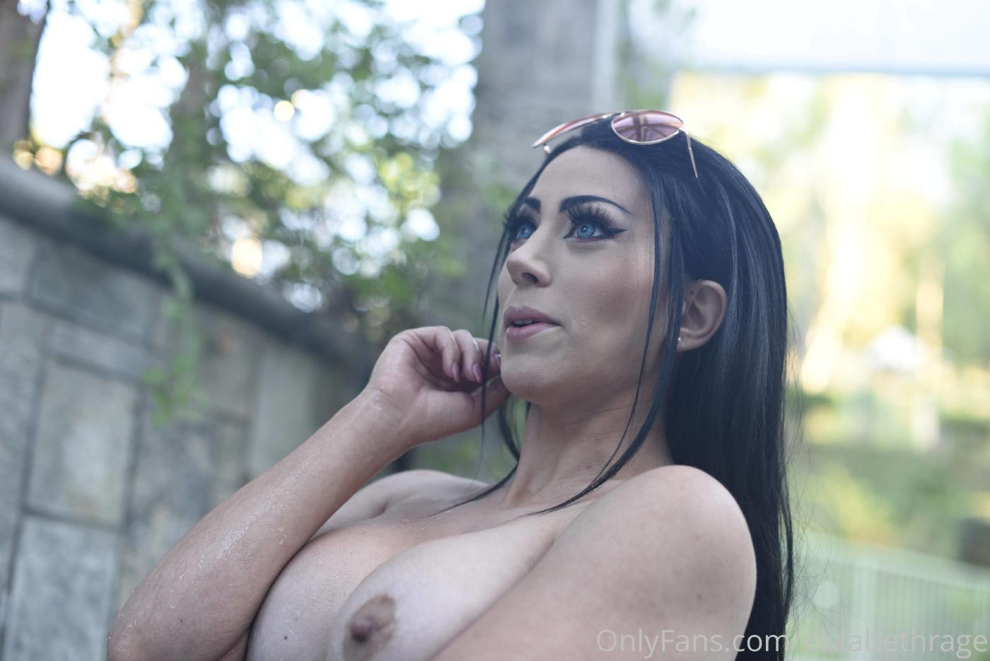 Elizabeth Rage Nude Outdoor Pool Onlyfans Set Leaked 0037