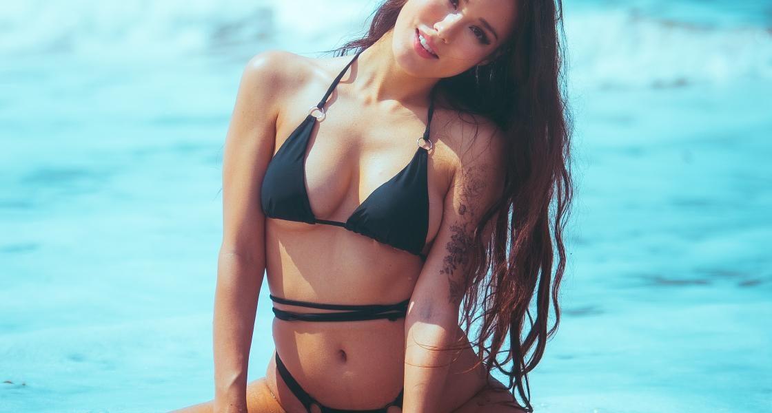 Indiefoxx Thong Bikini Beach Onlyfans Photoshoot Set Leaked 0002