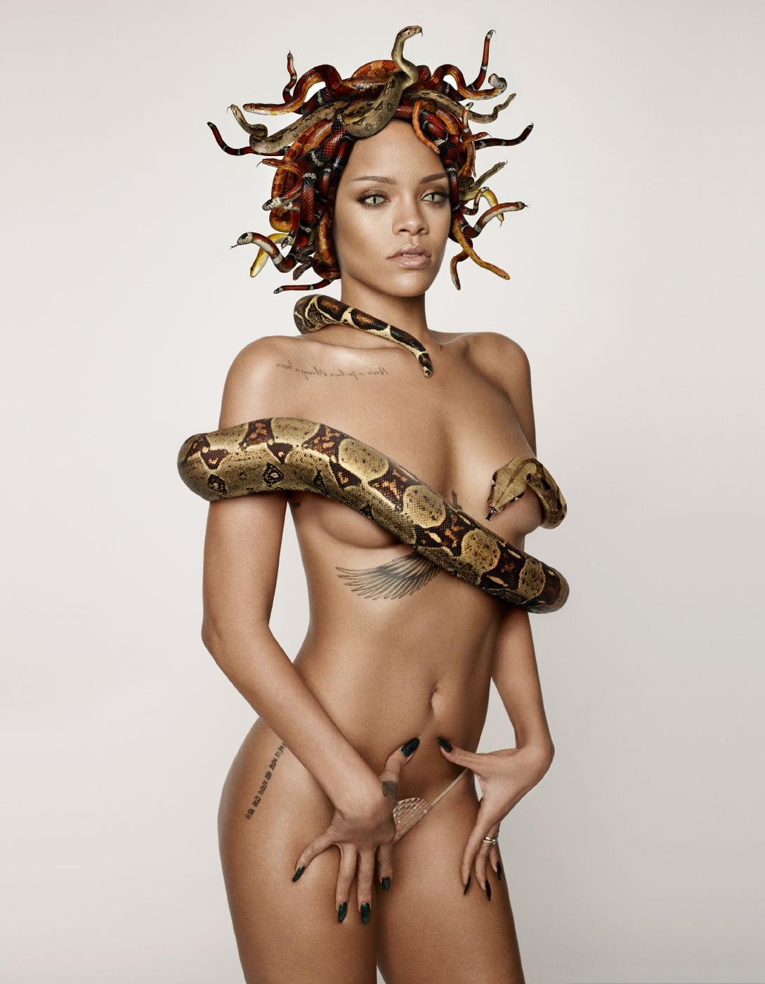 Rihanna Nude Snake Photoshoot Set Leaked 0004