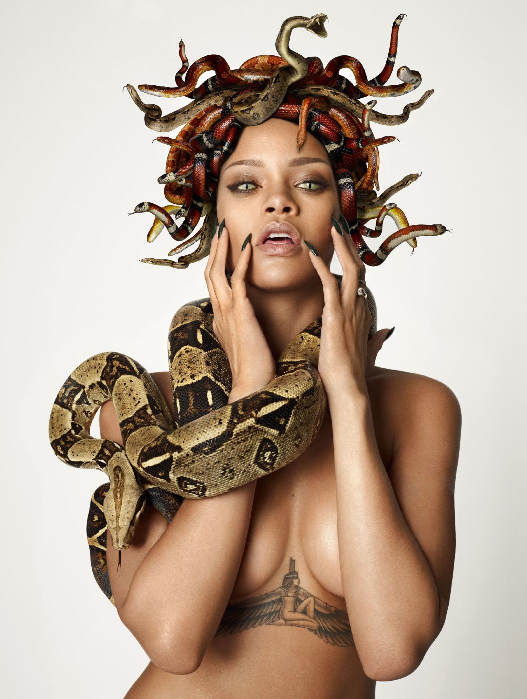 Rihanna Nude Snake Photoshoot Set Leaked 0006