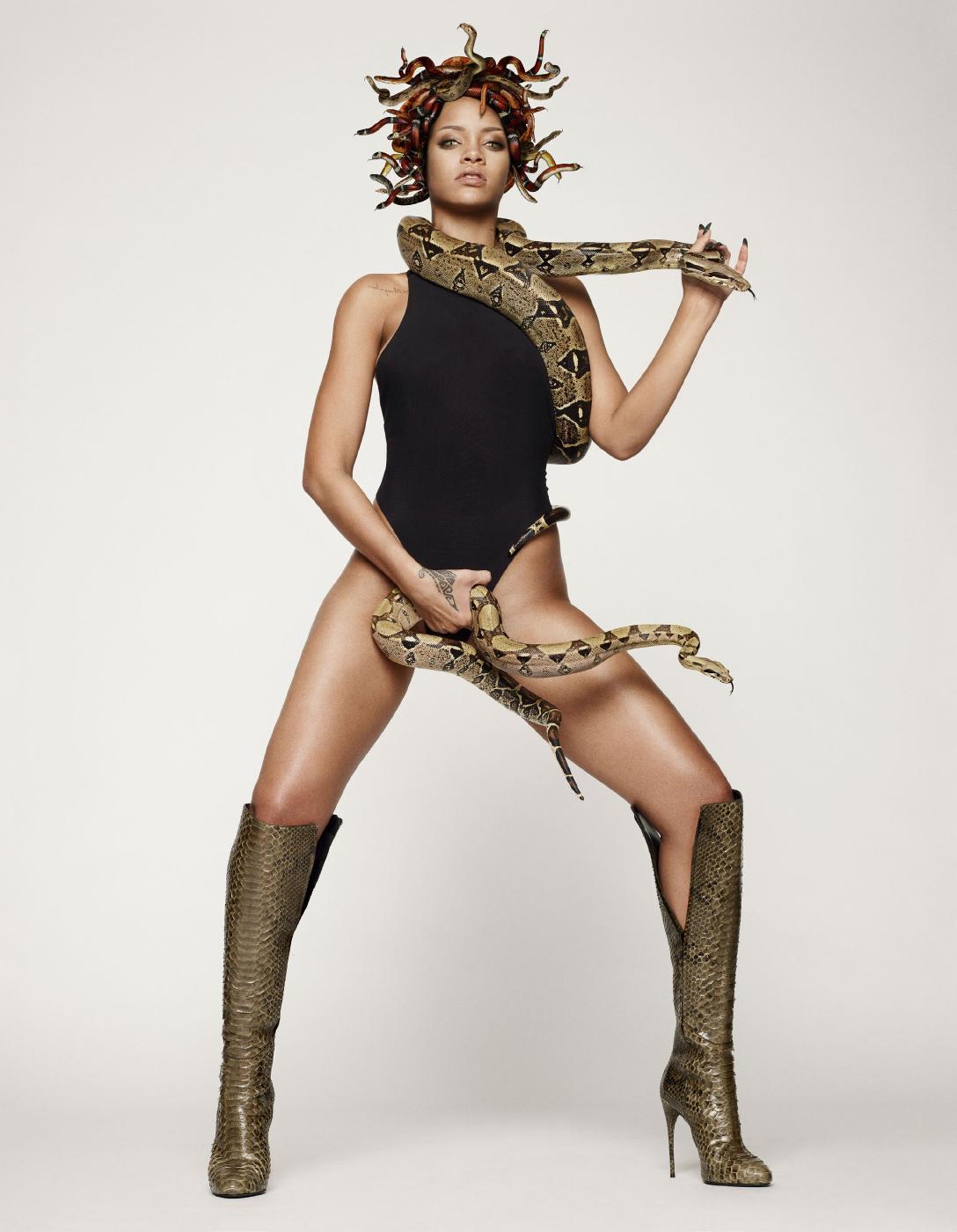 Rihanna Nude Snake Photoshoot Set Leaked 0007